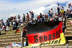 Sebastian Vettel, Scuderia Toro Rosso, fans