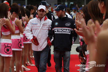 Timo Glock, Toyota F1 Team and Nick Heidfeld, BMW Sauber F1 Team