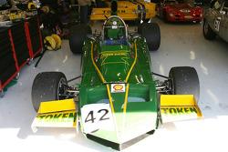 Token RJ02, 1974