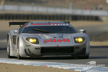 #40 Robertson Racing Doran Ford GT-R: David Robertson, Andrea Robertson, David Murry
