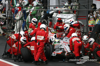 Giancarlo Fisichella, Force India F1 Team during pitstop