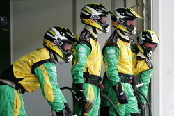 A1 Team Australia mechanics