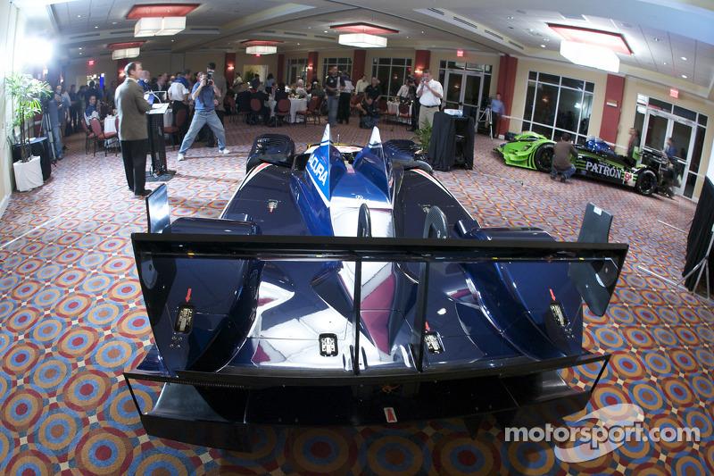 #66 de Ferran Motorsports Acura ARX 02a Acura on display
