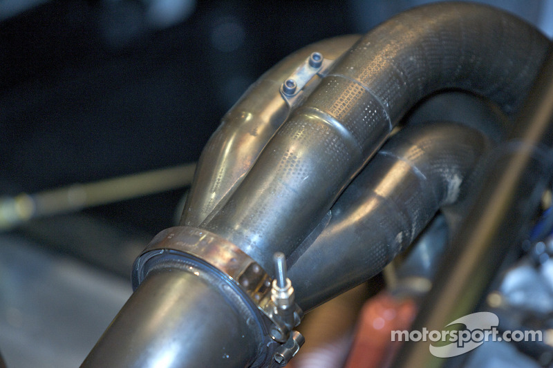 #9 Patron Highcroft Racing Acura ARX 02a Acura exhaust detail