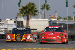 #77 Doran Racing Ford Dallara: Matteo Bobbi, Memo Gidley, Fabrizio Gollin, Brad Jaeger, #64 JLowe Racing Porsche GT3: Jim Lowe, Jim Pace, Tim Sugden, Johannes van Overbeek
