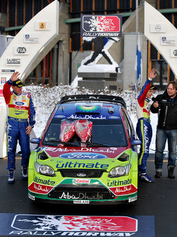 Podium: second place Mikko Hirvonen and Jarmo Lehtinen, Ford Focus RS WRC08, BP Ford Abu Dhabi World Rally Team