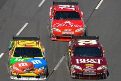 Kyle Busch, Joe Gibbs Racing Toyota, Clint Bowyer, Richard Childress Racing Chevrolet, Tony Stewart, Stewart-Haas Racing Chevrolet