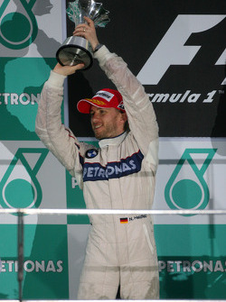 Podium: second place Nick Heidfeld, BMW Sauber F1 Team