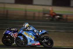 Valentino Rossi, Fiat Yamaha Team, and Loris Capirossi, Rizla Suzuki MotoGP battle