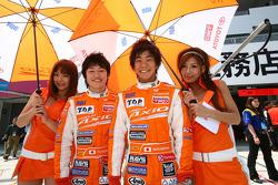 #74 CoRolla Axio apr GT: Takuto Iguchi, Yuji Kunimoto