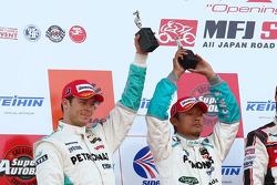 GT500 podium: second place Juichi Wakisaka and Andre Lotterer
