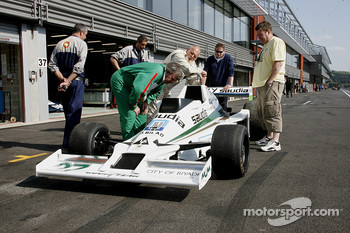 #27 Tony Smith (GB) Williams FW06-4, GF Racing (1978)