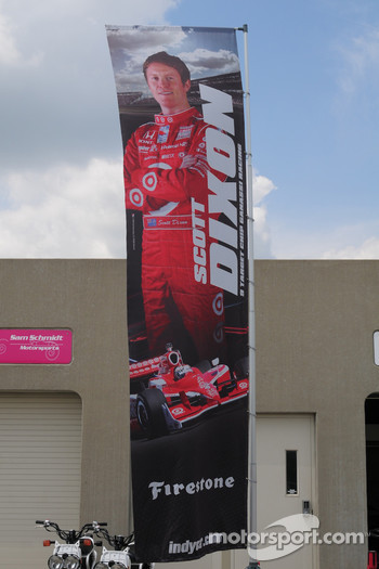 Scott Dixon, Target Chip Ganassi Racing has his banner outside his garage