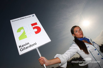 Grid girl of Kevin Gilardoni, Fisichella Motor Sport International SPA