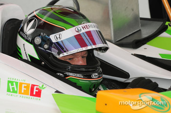 Townsend Bell, KV Racing Technology waits for the rain to pass