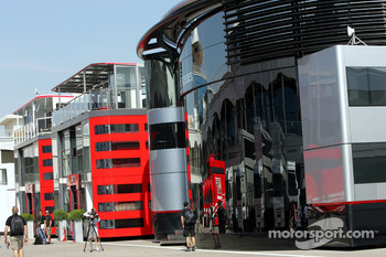 Big motorhomes of the Teams