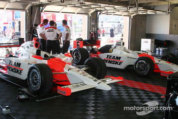 Team Penske bring their own garage floor for use at Texas Motor Speedway