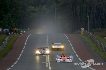 #39 KSM Lola Mazda Spider: Hideki Noda, Matthew Marsh, Jean de Pourtales, #10 Team Oreca-Matmut-AIM Oreca 01 AIM: Stphane Ortelli, Bruno Senna, Tiago Monteiro, #89 Hankook Farnbacher Ferrari F430 GT: Dominik Farnbacher, Allan Simonsen, Christian Montana
