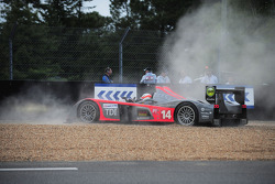 Trouble for #14 Team Kolles Audi R10 TDI: Narain Karthikeyan, Charles Zwolsman, André Lotterer