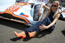 A spectacular Aston Martin girl