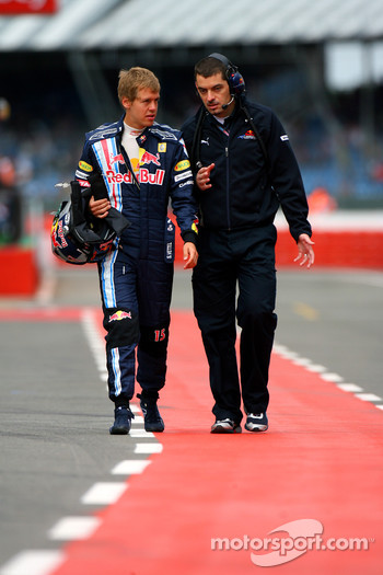 Sebastian Vettel, Red Bull Racing with Guillaume Rocquelin, Red Bull Racing Race Engineer of Sebastian Vettel