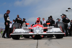 Helio Castroneves's car