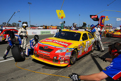 Pit stop for Marcos Ambrose, JTG Daugherty Racing Toyota