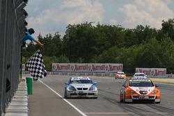 Tom Coronel, Sunred Engineering, Seat Leon 2.0 and Vito Postiglione, Scuderia Proteam takes the chequed flag