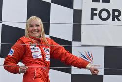 Podium: second place Emma Kimilainen