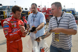 Kasey Kahne, Richard Petty Motorsports Dodge signs autographs