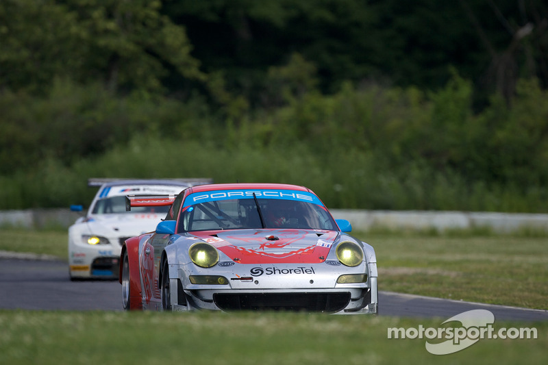 #44 Flying Lizard Motorsports Porsche 911 GT3 RSR: Johannes van Overbeek, Seth Neiman