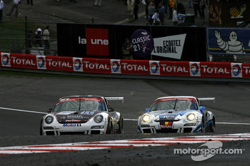 Competition is hot in the Raidillon; #161 Prospeed Competition Porsche 911 GT3 Cup S: Niki Lanik, Markus Palttala, Oskar Slingerland, David Loix, and #145 Christian Kelders First Motorsport Porsche 911 GT3 Cup S: Christian Kelders, Philippe Greisch, Danie