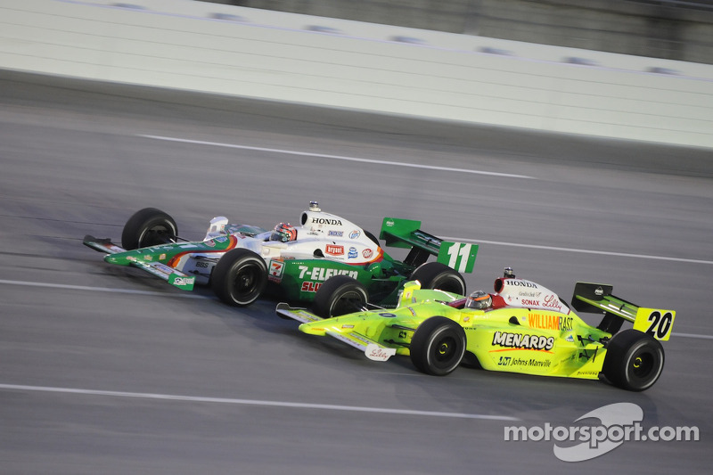 Tony Kanaan, Andretti Green Racing runs with Ed Carpenter, Vision Racing