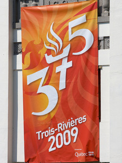 Banner for the 375th anniversary of Trois-Rivières