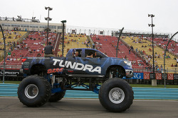 Toyoto Tundra monster truck