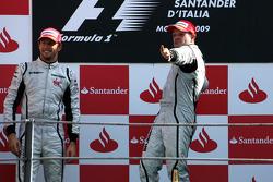 Podium: race winner Rubens Barrichello, BrawnGP, second place Jenson Button, BrawnGP