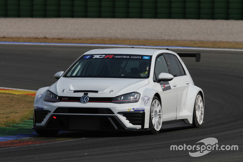tcr-valencia-march-testing-2016-volkswag