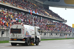 The track is swept clean of debris