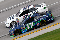 NASCAR Sprint Cup Foto - Brad Keselowski, Team Penske Ford, Ricky Stenhouse Jr., Roush Fenway Racing Ford
