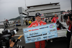 Pole winner Scott Dixon, Chip Ganassi Racing receives his check