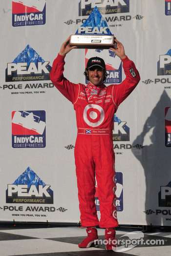 Dario Franchitti with his pole award