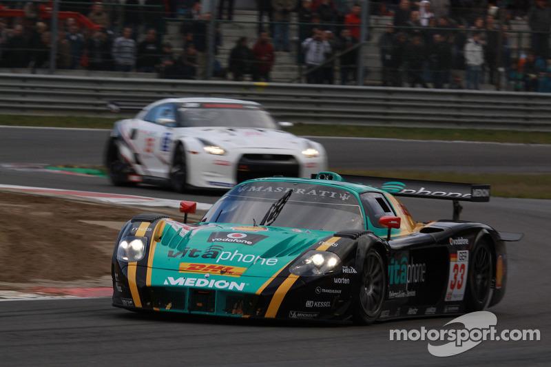 #33 Vitaphone Racing Team DHL Maserati MC 12: Alessandro Pier Guidi, Matteo Bobbi