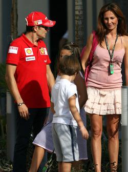 Giancarlo Fisichella, Scuderia Ferrari with his children and his wife Luna