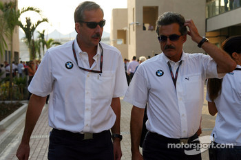 Klaus Draeger with Dr. Mario Theissen, BMW Sauber F1 Team, BMW Motorsport Director