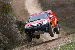 Team Dessoude Nissan Pathfinder: Jean-Pierre Strugo and Yves Ferri