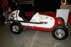 Offy-powered Midget driven by Dutch Schaefer