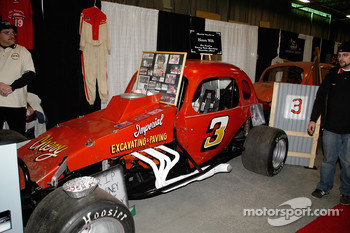 Ken Erney's #3 Sportsman, also a regular at Dorney Park.  The 1/5 mile paved oval ran from 1939 to 1986.