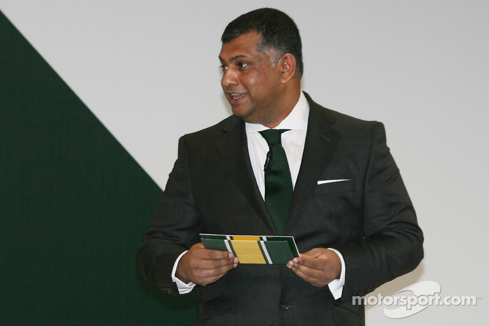 Tony Fernandes, Malaysia Racing Team Principal