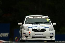 #16 Bezcorp Security, Toyota Yaris: Justin Matthews, Bob Holden, Craig Bradshaw