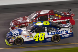Jimmie Johnson, Hendrick Motorsports Chevrolet and Kasey Kahne, Richard Petty Motorsports Ford